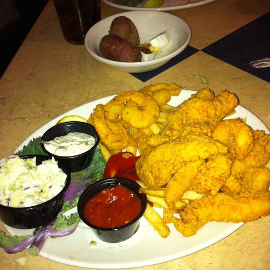 Photo taken at Deanie's Seafood by Mark K. on 3/17/2011
