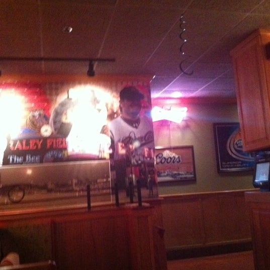 Photo taken at Applebee's by Sean G. on 3/17/2011