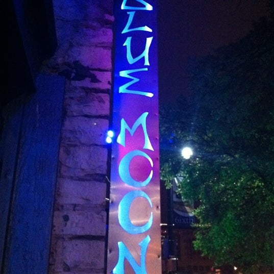 Photo taken at Blue Moon by Lenox M. on 3/10/2012