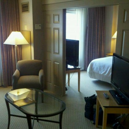 Photo taken at Sheraton Suites Houston Near The Galleria by Mark L. on 5/30/2011