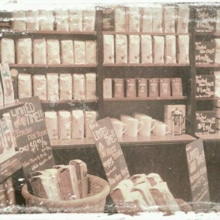 Photo taken at Starbucks by Ashley N. on 8/15/2012