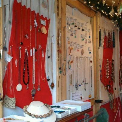 Candles at Matthdew Izzo - 2 for 30...earrings 12 dollars, and chain necklaces 2 for 30! Only 10 shopping days left, get busy!