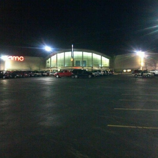 amc showplace rockford 16 8301 e state st