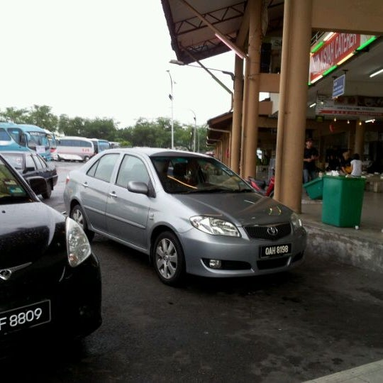 Photo taken at Kuching Bus Terminal by Mohamad H. on 10/13/2011