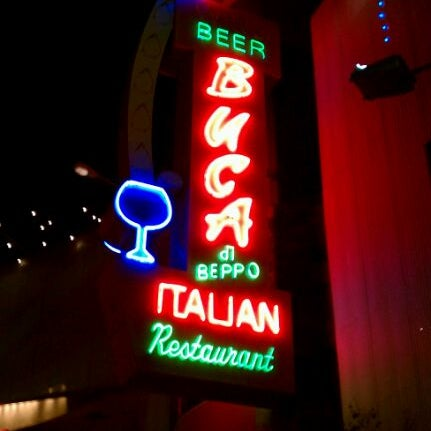 Photo taken at Buca di Beppo Italian Restaurant by Bez R. on 1/1/2012