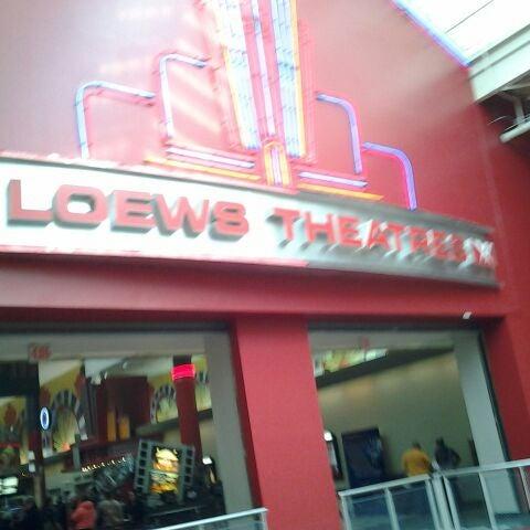 Photo taken at AMC Loews Palisades Center 21 by Belinda on 1/9/2012