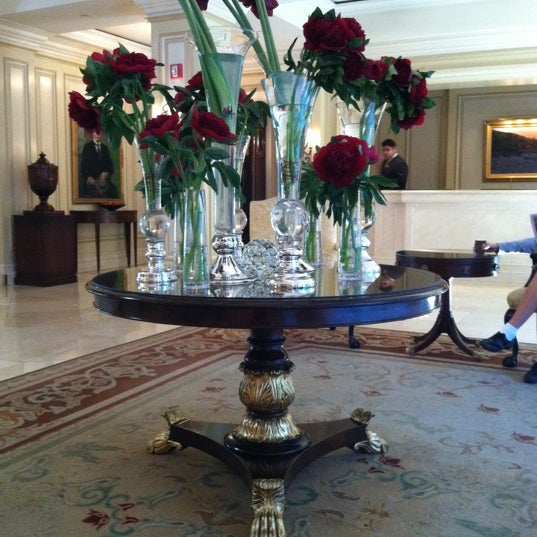 Photo taken at Langham Huntington Hotel by Melissa V. on 10/31/2011