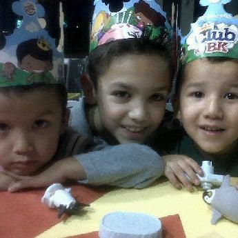 Photo taken at Burger King by Karen M. on 11/27/2011
