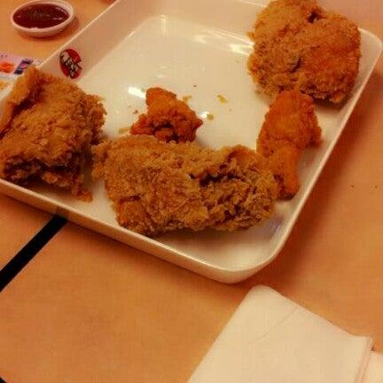 Photo taken at KFC by Goy M. on 9/13/2012