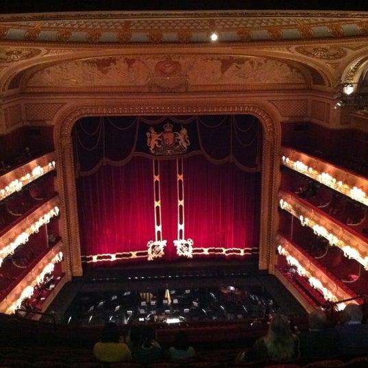Photo taken at Royal Opera House by Tamen J. on 11/14/2011