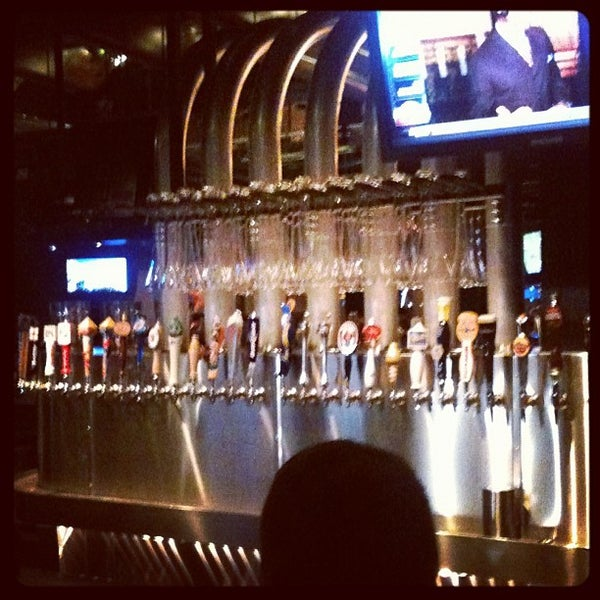 Photo taken at Yard House by Nickolas W. on 11/19/2011