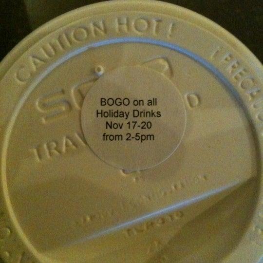 Photo taken at Starbucks by Wendy M. on 11/14/2011