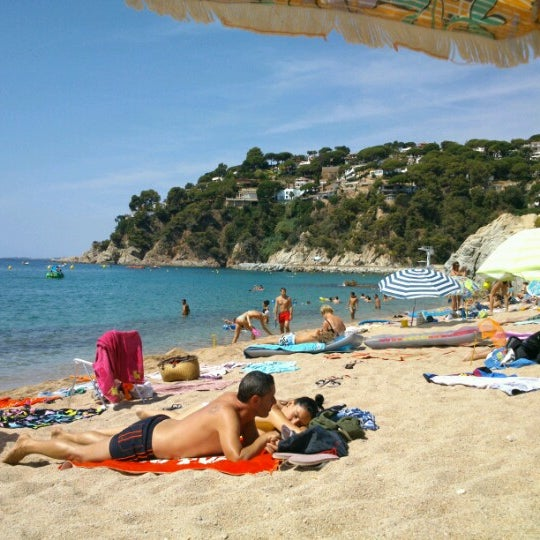 Photo taken at Cala Canyelles by Rafa A. on 8/13/2012