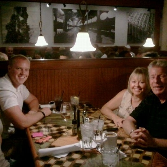 Photo taken at Carrabba's Italian Grill by Rick G. on 5/13/2012
