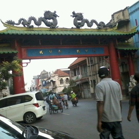 Photo taken at Pusat Grosir Jembatan Merah Plasa (JMP) by Fajar A. on 7/12/2012