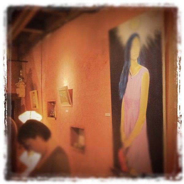 Photo taken at tamutamucafe by Hiroshi O. on 11/7/2011