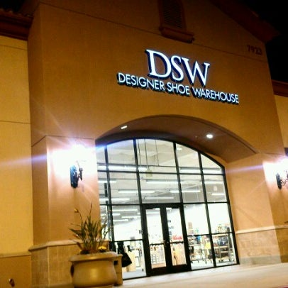 Dsw designer shoe warehouse 139 visitors for Best jewelry stores in fresno ca