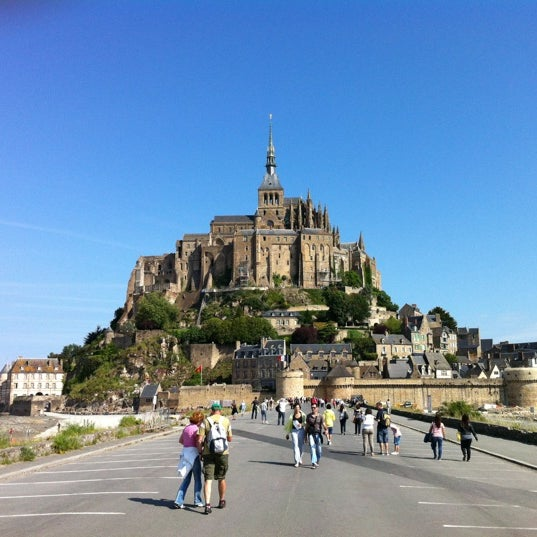 Where's Good? Holiday and vacation recommendations for Mont Saint-Michel, France. What's good to see, when's good to go and how's best to get there.