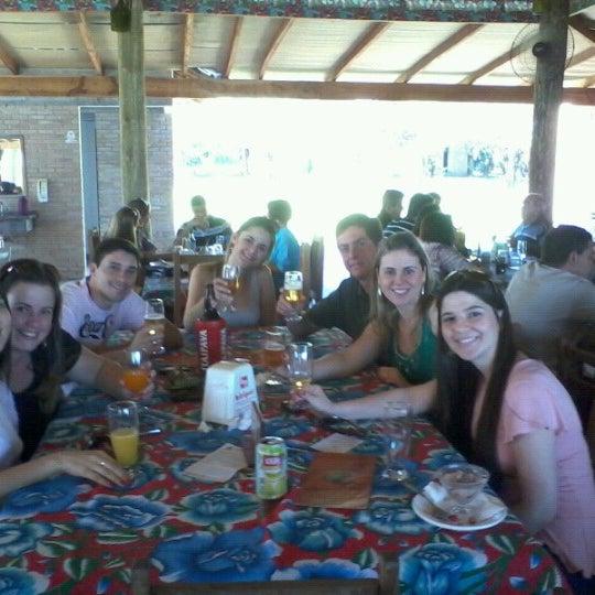 Photo taken at Restaurante Frutos d'agua by Elizeu C. on 6/17/2012