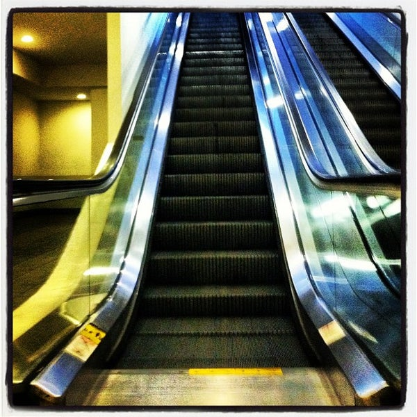 Photo taken at LA Fitness by Judah C. on 7/11/2012