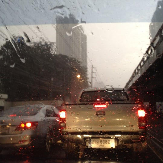Photo taken at แยกอโศก-เพชรบุรี (Asok-Phetchaburi Intersection) by Elle G. on 6/5/2012