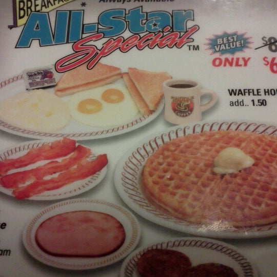 Photo taken at Waffle House by Shawn F. on 9/11/2012