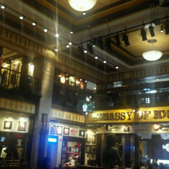 Photo taken at Hard Rock Cafe Washington DC by Melissa F. on 6/17/2012