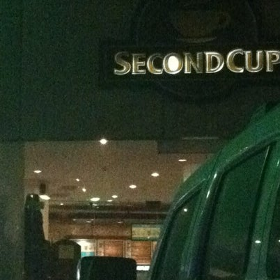 Photo taken at SECOND CUP by SALEH'Y on 8/3/2012