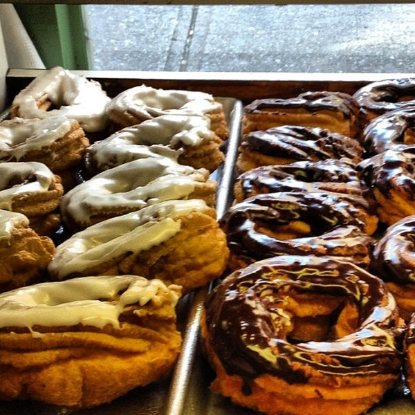 Photo taken at Peter Pan Donut & Pastry Shop by Peter C. on 6/1/2012