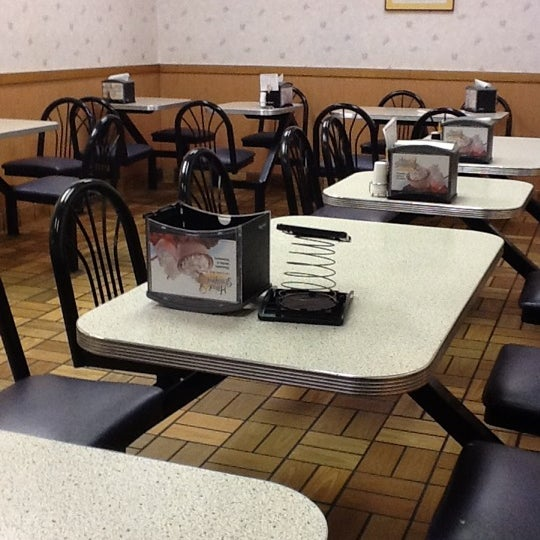 "Photo taken at Hardee's by Jose ""JR"" V. on 3/7/2012"