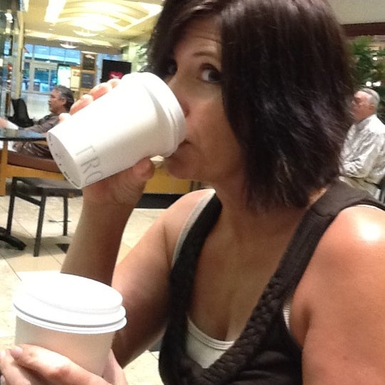 Photo taken at Nordstrom eBar by Dan A. on 7/11/2012