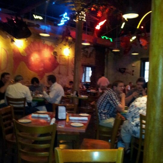 Red fish grill seafood restaurant in new orleans for Red fish grill new orleans la