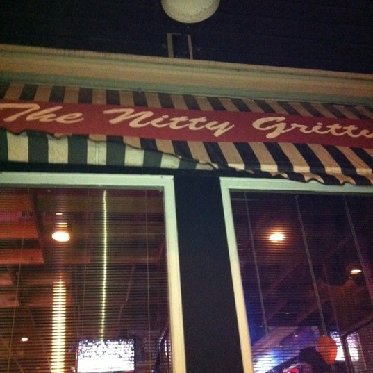 Photo taken at Nitty Gritty Restaurant & Bar by Ted J. on 4/14/2012