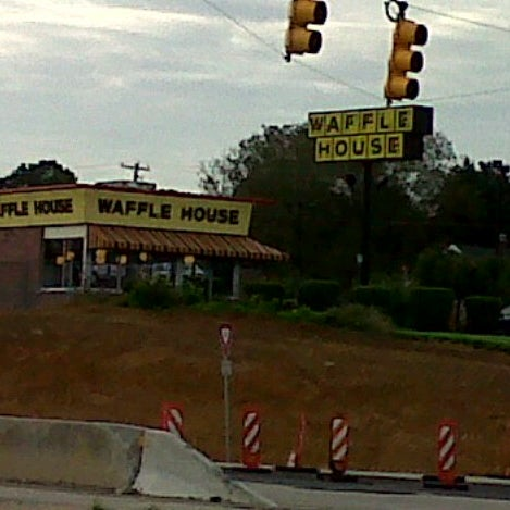 Photo taken at Waffle House by Scott B. on 8/20/2012