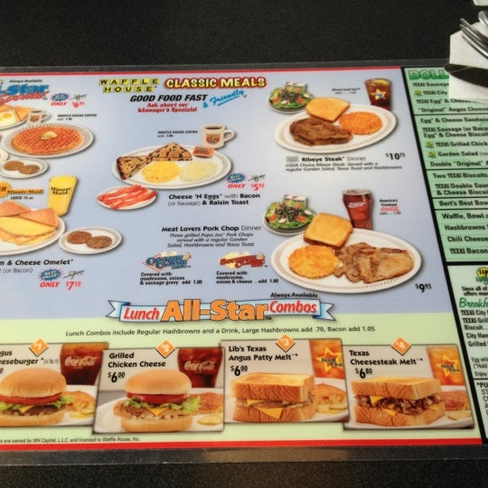 Photo taken at Waffle House by Farrah R. on 8/19/2012