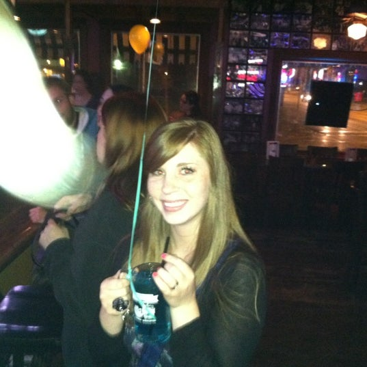 Photo taken at Nitty Gritty Restaurant & Bar by Eric M. on 5/10/2012