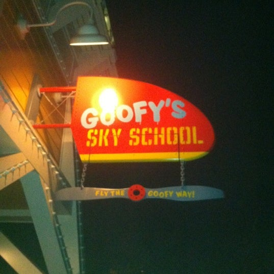 Photo taken at Goofy's Sky School by Patrick B. on 8/16/2012