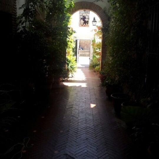 Photo taken at Restaurante El Caballo Rojo by miguel p. on 7/9/2012