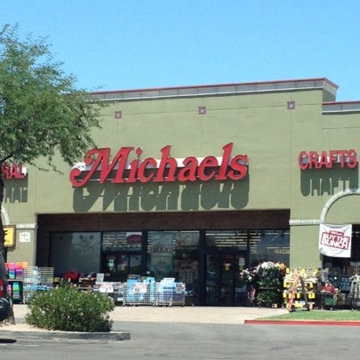 Michaels arts crafts store in phoenix for Michaels craft store denver
