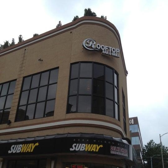Happy Hour Places In Arlington Va: Arlington Rooftop Bar & Grill
