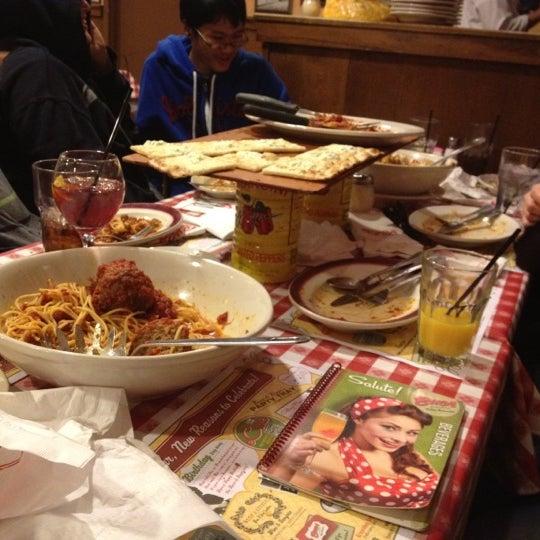 Photo taken at Buca di Beppo Italian Restaurant by Aaron S. on 2/18/2012