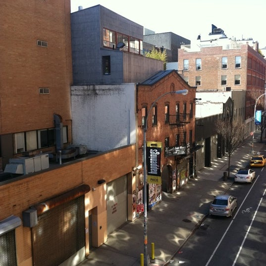 Photo taken at High Line 10th Ave Amphitheatre by Janine D. on 2/26/2012