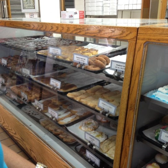 Photo taken at Long's Bakery by Doriean S. on 7/19/2012