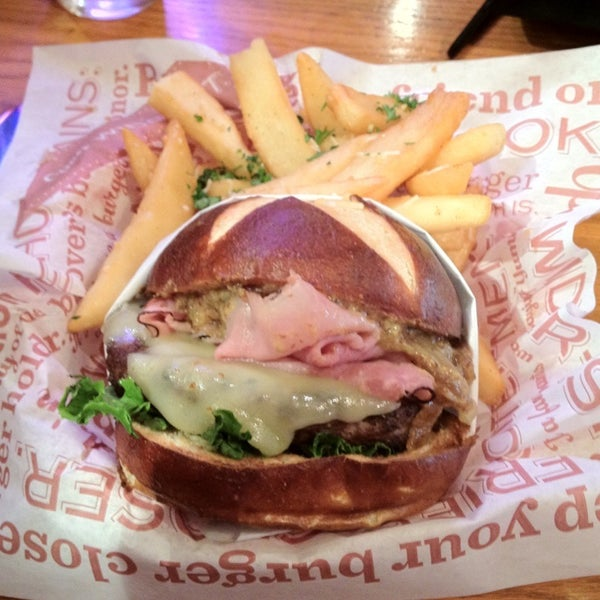Photo taken at Red Robin Gourmet Burgers by Adam G. on 9/3/2012