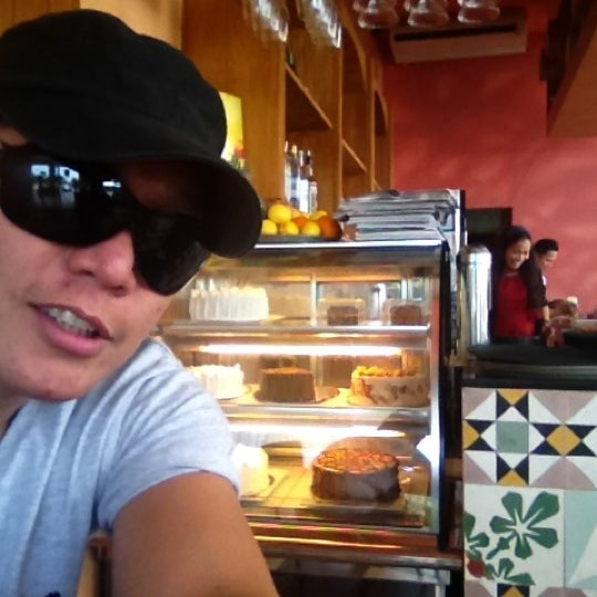 Photo taken at Jalapeño Authentic Tex-Mex Cuisine by Paul Rex Ramir Mateo M. on 5/6/2012