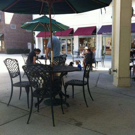 Photo taken at Barnie's Coffee & Tea Company by Darin W. on 6/16/2012