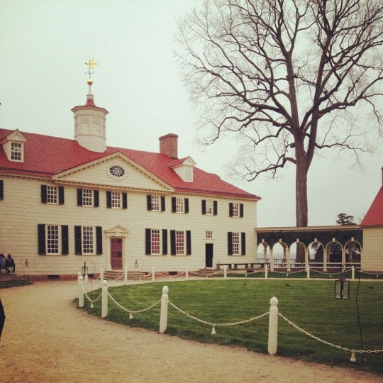 Photo taken at George Washington's Mount Vernon Estate, Museum & Gardens by Rachel P. on 3/22/2012