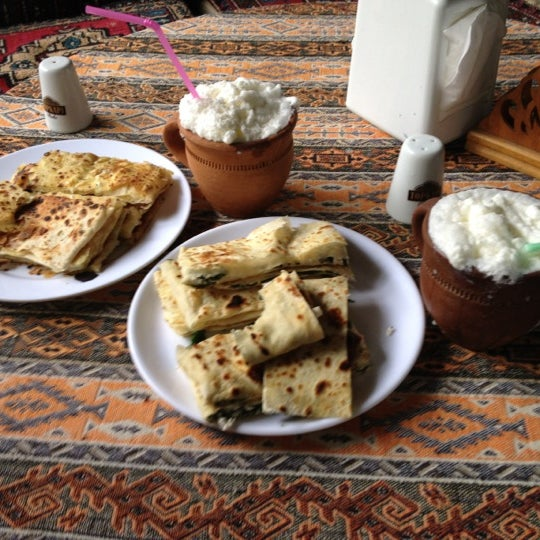 Photo taken at Yavuz'un Yeri by Yavuz A. on 6/2/2012