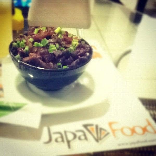 Photo taken at Japa Food by Fernando V. on 4/11/2012