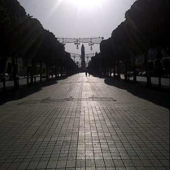 Photo taken at Avenue Habib Bourguiba I شارع الحبيب بورقيبة by Moez K. on 5/13/2012